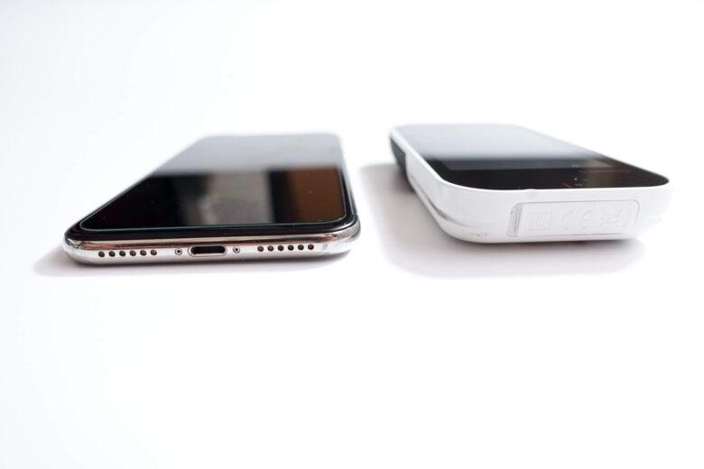 iphonexとの厚み比較